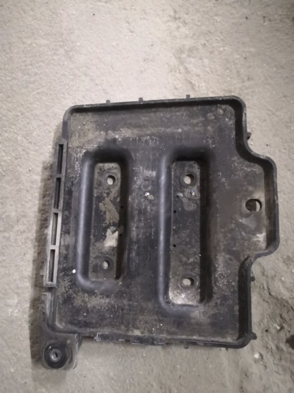 Подставка под аккумулятор Kia Rio JB G4EE 2005_2011 (б/у)