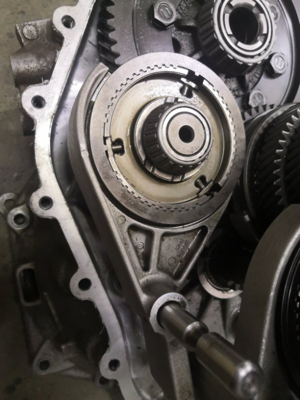 Вал Hyundai Ix35 LM G4KD 2010 (б/у)