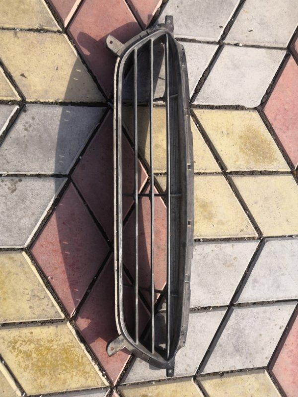 Решетка радиатора Hyundai Solaris RB 2011 (б/у)