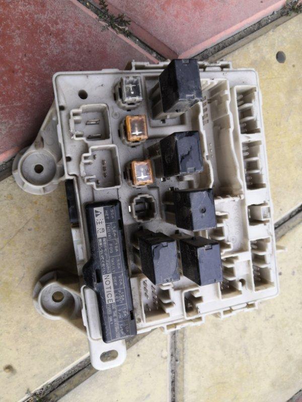 Блок предохранителей Toyota Estima XR30 2AZ-FE 2000 (б/у)