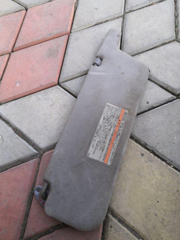 Козырек солнцезащитный Toyota Estima XR30 2AZ-FE 2000 передний правый (б/у)