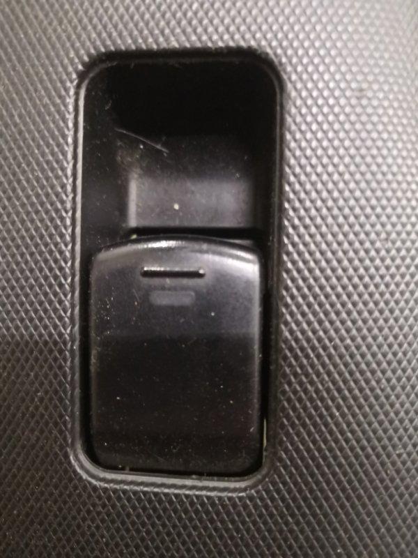 Кнопка стеклоподъемника Nissan Note E11 HR16 2005 передняя (б/у)