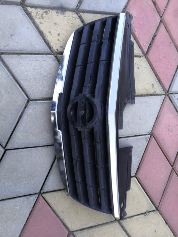 Решетка радиатора Nissan Almera Classic B10 QG16 2006 (б/у)