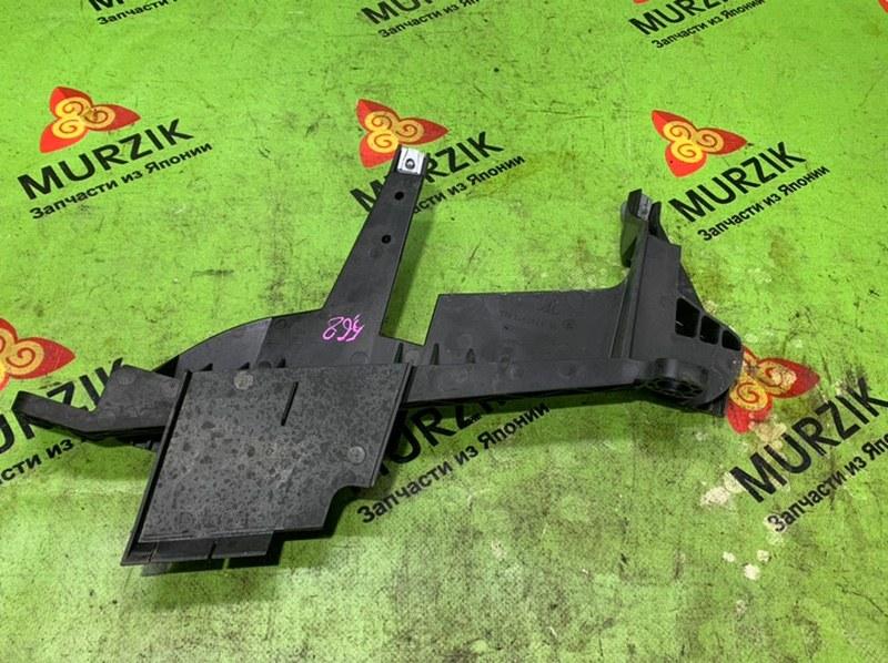 Крепление фары Bmw X3 E83 2.5L N52B25A 2008 правое (б/у)