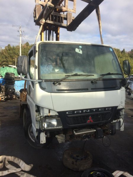 Кабина Mitsubishi Canter FB70BB 4M42