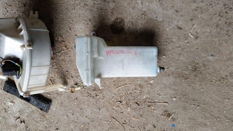 Бачок омывателя Toyota Ipsum SXM15 (б/у)