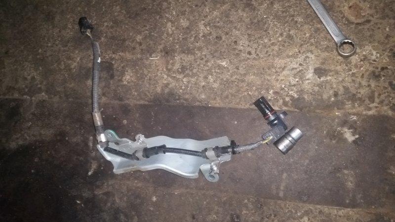 Датчик положения коленвала Honda Fit GE6 L13A (б/у)