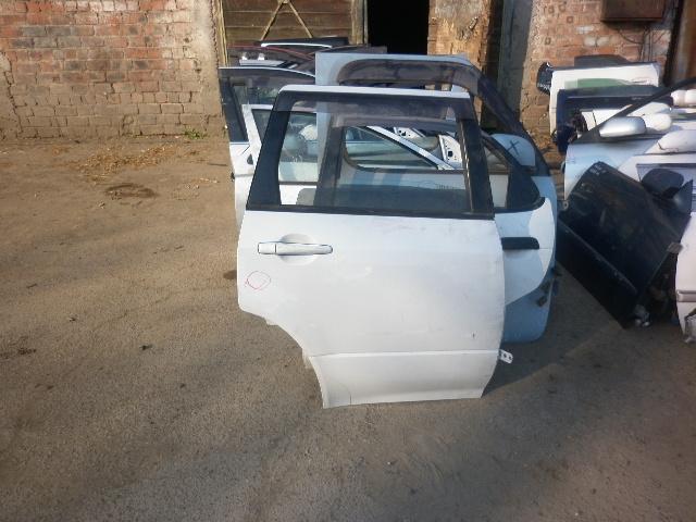 Дверь Mitsubishi Airtrek CU2W задняя правая (б/у)