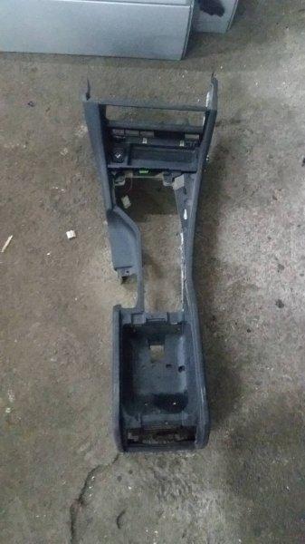 Консоль между сидений Bmw 5-Series E39 M52 1996 (б/у)