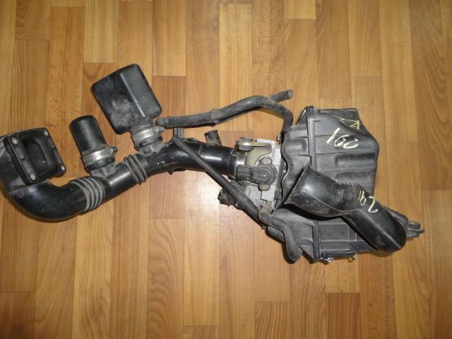 Корпус воздушного фильтра Subaru R2 RC1 E07Z (б/у)