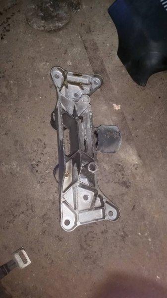 Кронштейн кпп Bmw 5-Series E39 M62 2001 (б/у)