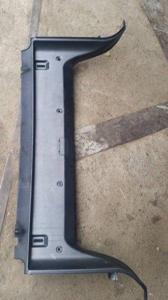 Накладка замка багажника Bmw 5-Series E39 M52 1996 (б/у)