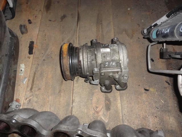 Насос кондиционера Toyota Ipsum ACM21 2AZ (б/у)