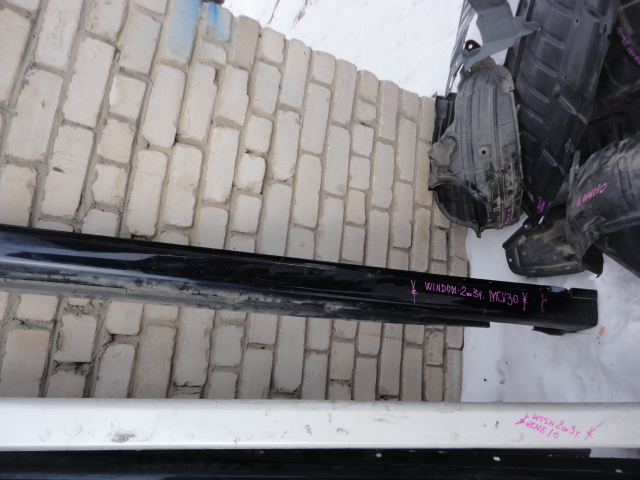 Порог Toyota Windom MCV30 правый (б/у)