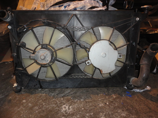 Радиатор Toyota Wish ANE10 1AZ (б/у)