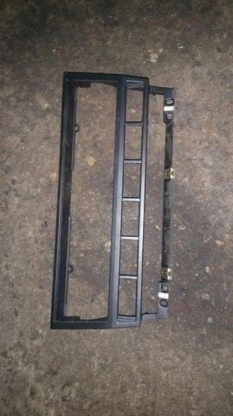Рамка магнитолы Bmw 5-Series E39 M62 1997 (б/у)