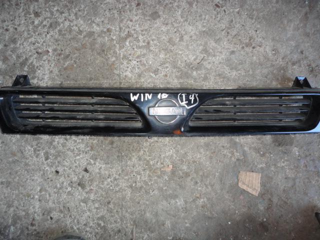 Решетка Nissan Wingroad Y10 (б/у)