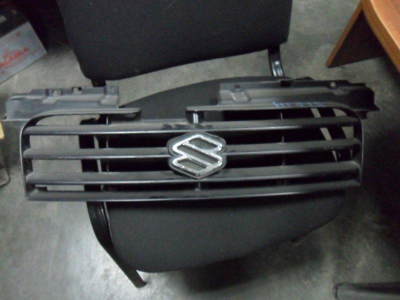 Решетка Suzuki Swift HT51S (б/у)