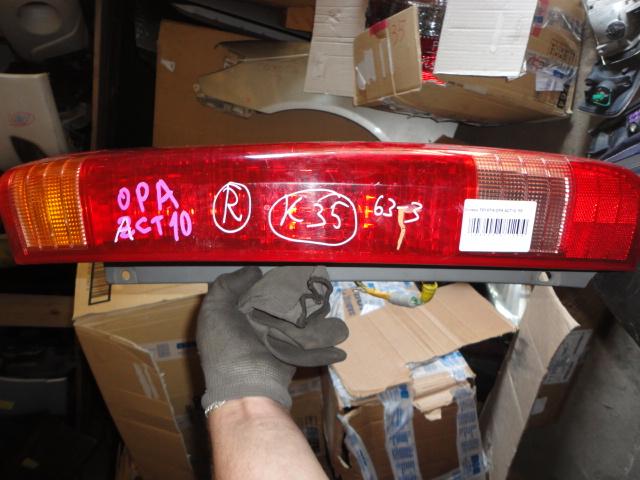 Стоп Toyota Opa ACT10 задний правый (б/у)