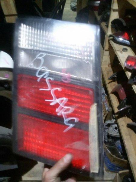 Стоп-вставка Nissan Bassara U30 задняя правая (б/у)