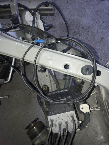 Трос капота Toyota Camry ACV30 2AZ 2003 (б/у)