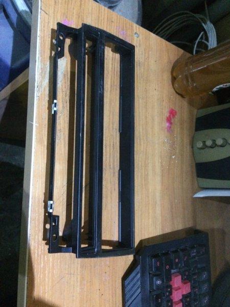 Рамка магнитолы Bmw 5-Series E39 M62 2001 (б/у)