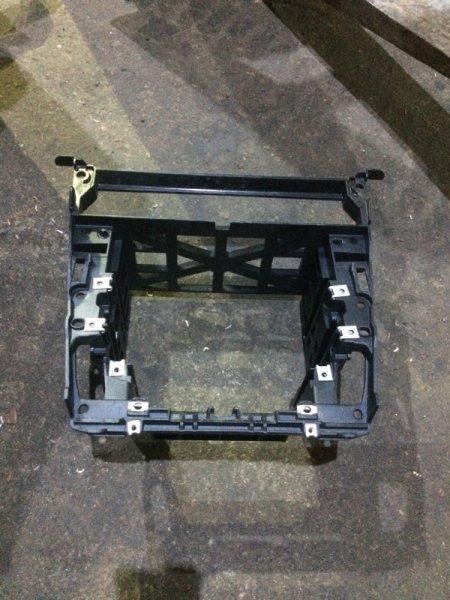 Рамка магнитолы Bmw 5-Series E60 N52B30 2007 (б/у)