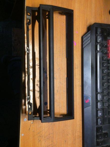 Рамка магнитолы Bmw 5-Series E39 M54B30 2001 (б/у)