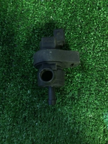 Клапан вентиляции топливного бака Bmw 5-Series E39 M62B44TU 1999 (б/у)