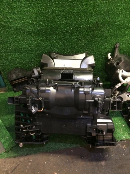 Печка Bmw 5-Series E60 M54B30 2004 (б/у)