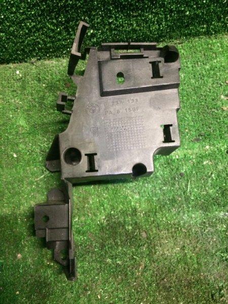 Кронштейн Bmw 3-Series E46 M54B25 2001 задний правый (б/у)