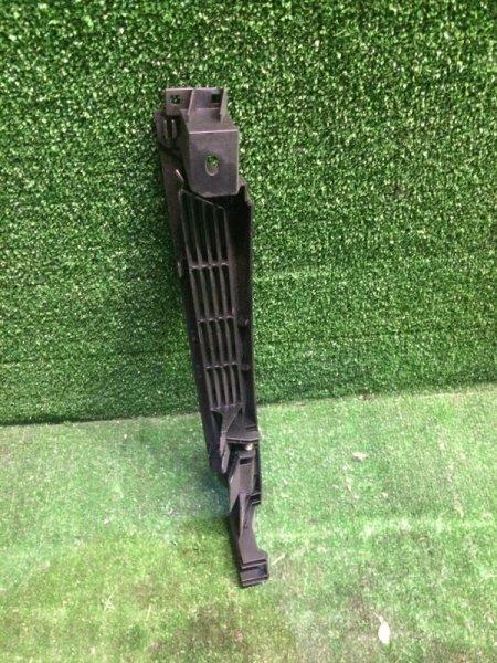 Обшивка багажника Bmw 3-Series E46 M54B25 2001 задняя правая (б/у)