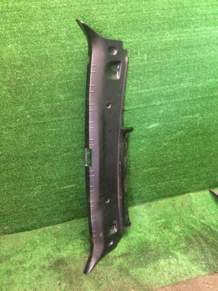 Накладка замка багажника Bmw 7-Series E65 N62B44 2002 (б/у)