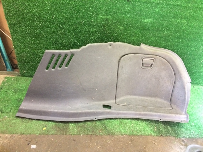 Обшивка багажника Bmw 7-Series E65 N62B44 2002 задняя правая (б/у)