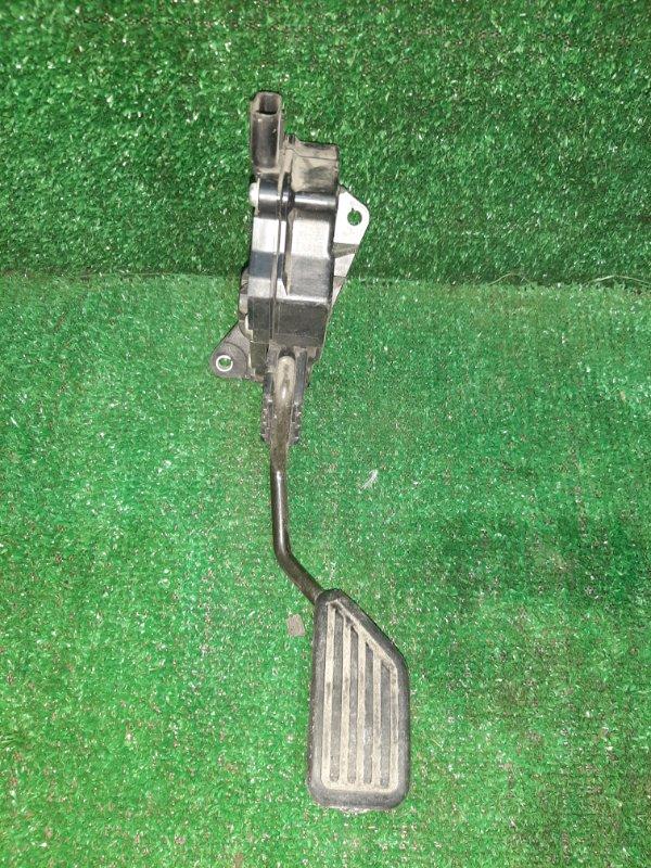 Педаль подачи топлива Toyota Vitz SCP90 2SZ (б/у)