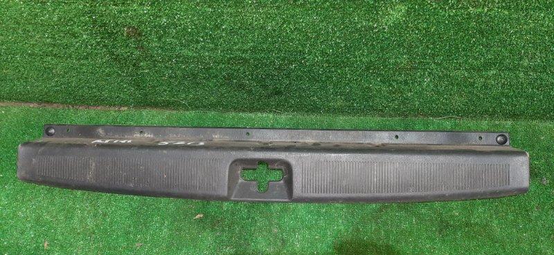Накладка замка багажника Toyota Caldina AT191 7A 1996 (б/у)