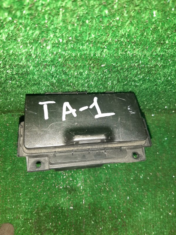 Бардачок Honda Avancier TA1 F23A (б/у)
