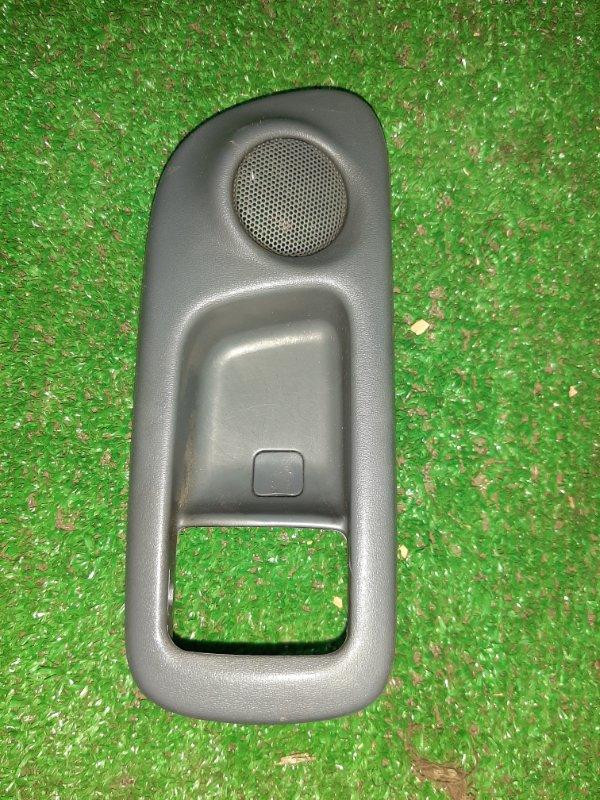 Ручка двери Toyota Ipsum SXM10 3S передняя правая (б/у)