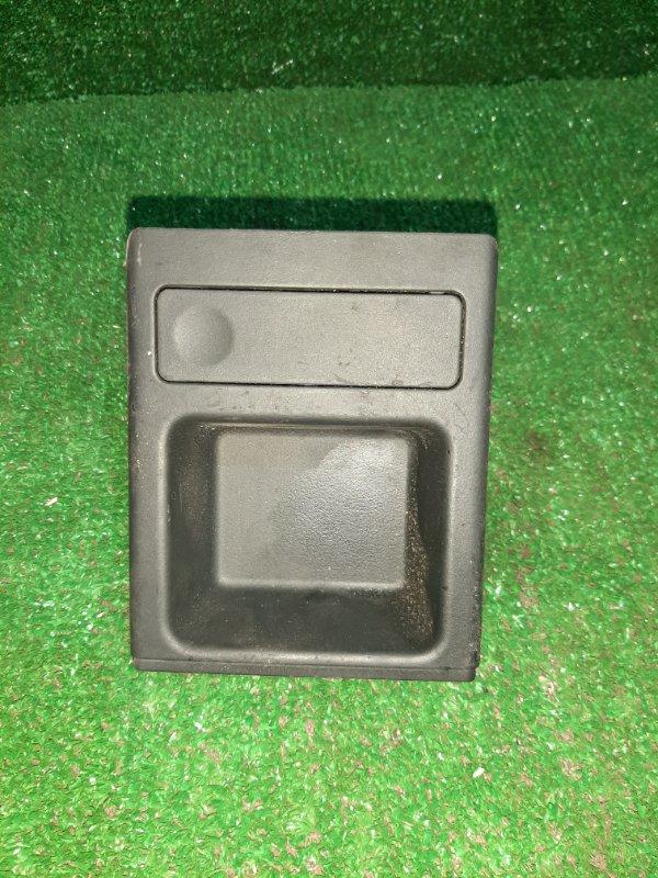 Консоль Bmw 3-Series E46 M54B25 2001 (б/у)