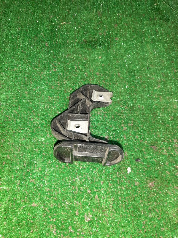 Кронштейн бампера Bmw 5-Series E39 M54B25 2001 передний правый (б/у)