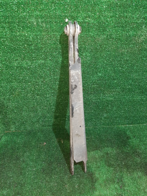 Рычаг Bmw 3-Series E46 M54B22 2002 задний правый (б/у)