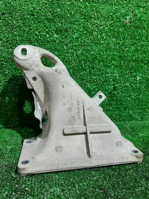 Кронштейн опоры двигателя Bmw 3-Series E46 M54B22 2002 правый (б/у)