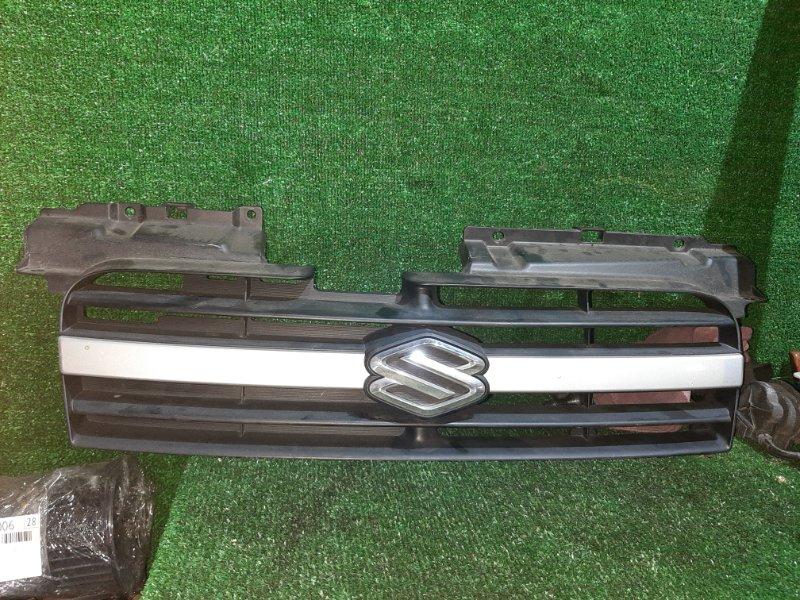 Решетка Suzuki Swift HT51S M13A 2003 (б/у)
