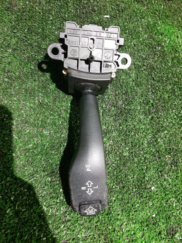 Переключатель подрулевой Bmw 5-Series E39 M54B25 2001 (б/у)
