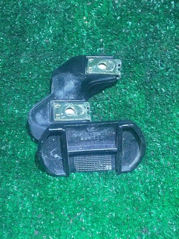 Кронштейн бампера Bmw 5-Series E39 M52B28 1996 передний левый (б/у)
