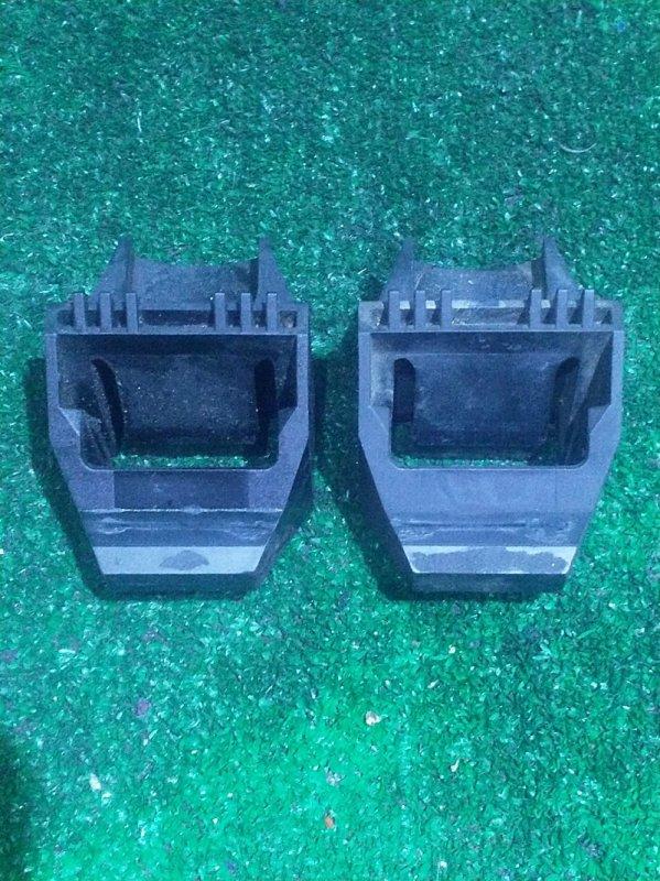 Кронштейн радиатора Bmw 3-Series E46 M54B22 2002 (б/у)