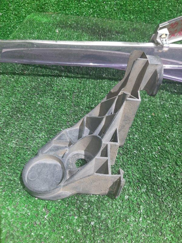 Кронштейн бампера Bmw 3-Series E46 M54B22 2002 передний правый (б/у)