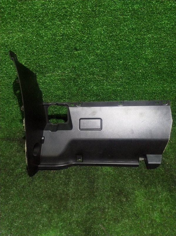 Накладка на торпеду Bmw 5-Series E60 M54B30 2003 (б/у)