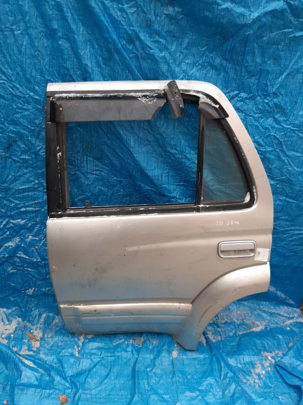 Дверь Toyota Surf KZN185 задняя левая (б/у)