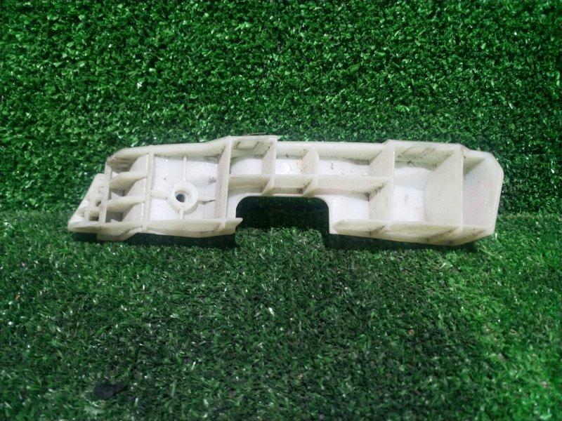 Кронштейн бампера Nissan Cube Z11 передний левый (б/у)